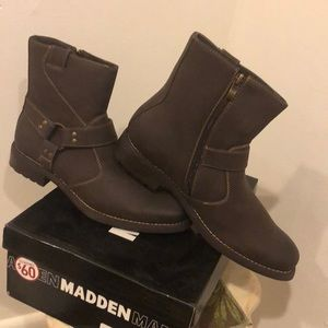 *BRAND NEW**Mens Boots